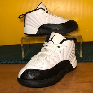 🏀 Kids AIR JORDAN Retro 12 TAXI Sneakers Size 10C